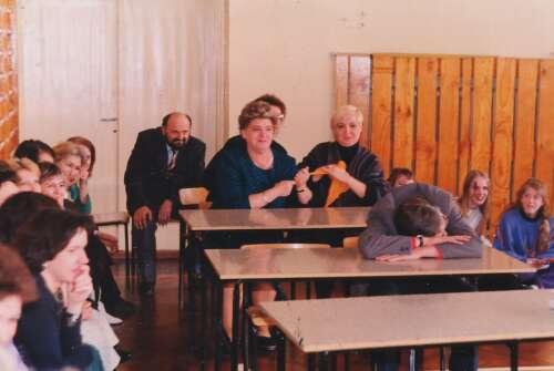 Również nauczyciele są czasami zmęczeni - Dzień Wiosny 1992
