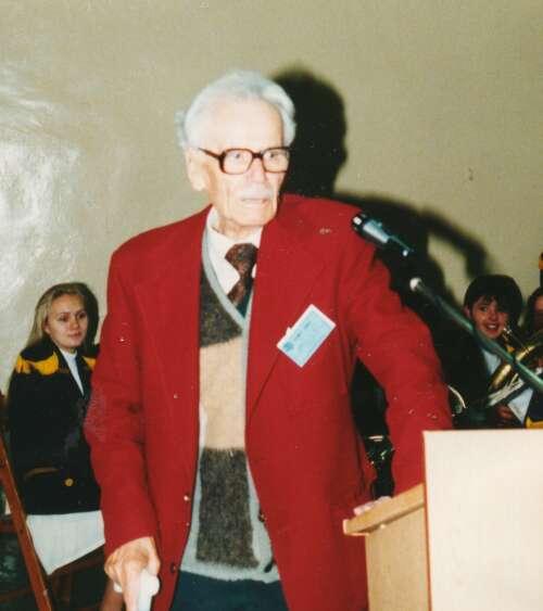 Twórca szkoły i jej pierwszy dyrektor prof Filonik na 50-leciu szkoły