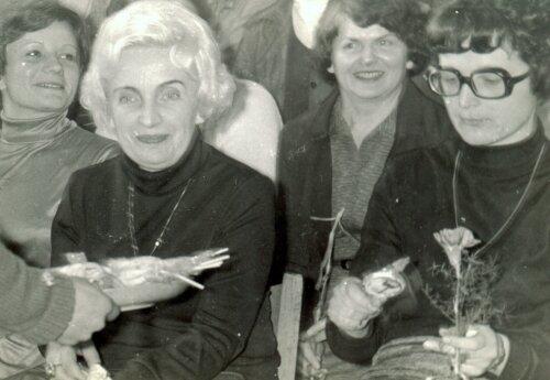 Nauczycielki chemii: H. Baranowska, J. Mikołajczyk